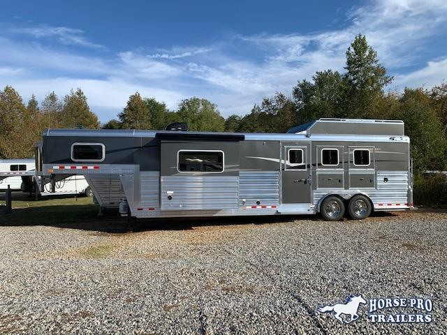 2022 4-Star Deluxe 3 Horse 14' Outback Living Quarters w/Slide Out DUAL ENTRY & GENERATOR!