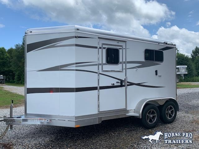 2021 4-Star 2 Horse Straight Load Bumper Pull w/ROOF INSULATION & FANS!