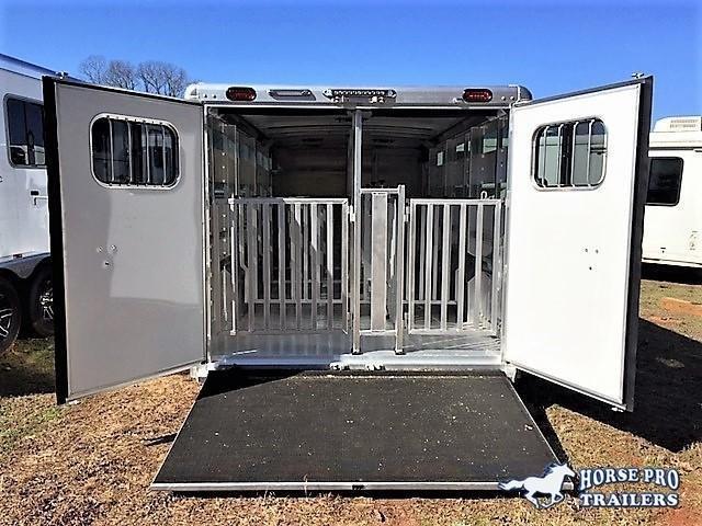 2021 Cimarron Showstar 20'6 Low Profile Pig/Stock Bumper Pull w/ADJUSTABLE PENS