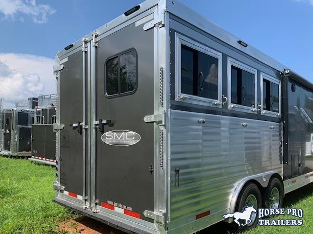 2020 SMC Horse Trailers Laramie Horse Trailer