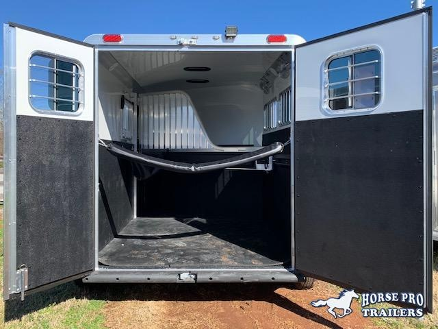 2021 4-Star 2 Horse Slant Load Bumper Pull w/ROOF INSULATION & FANS!