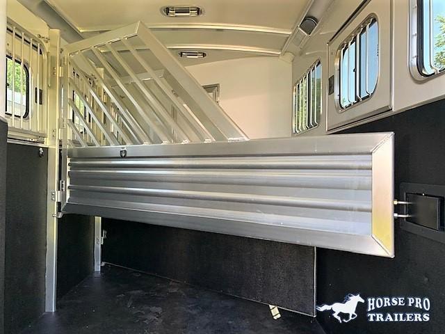 2021 Cimarron 3 Horse Slant Load Gooseneck w/ COMFORT PACKAGE & SIDE TACK&