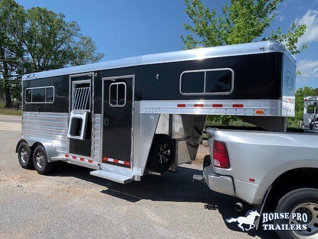 2021 4-Star 2 Horse Straight Load Gooseneck-XL Stalls & WERM FLOORING!