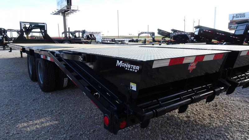 2020 PJ 32' Low-Pro Flatdeck Gooseneck 10k Duals  with Monster Ramps (CL)