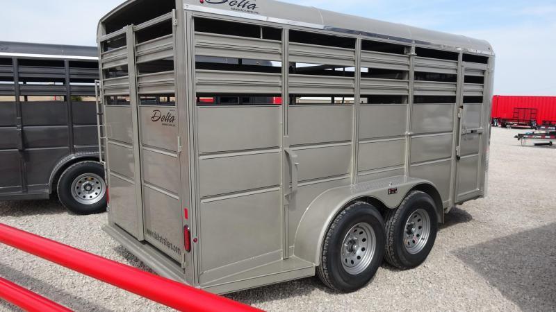 2021 Delta Manufacturing Delta 500ES 16 Tandem Axle Horse Trailer (CL)