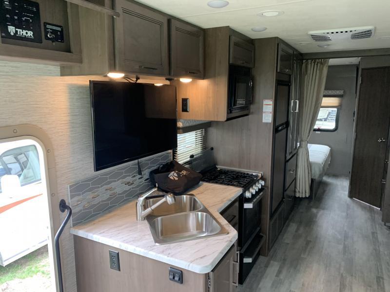 2021 Thor Motor Coach Freedom Traveler 27A Class A RV