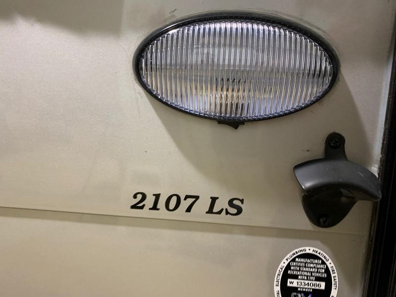 2021 Coachmen Viking LS 2107LS