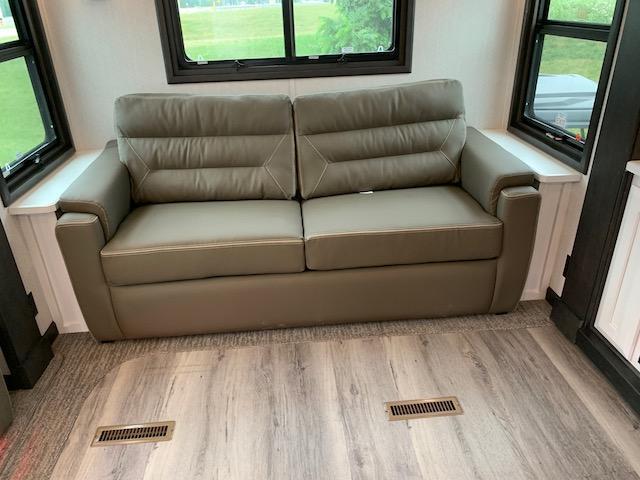 2021 DRV Mobile Suites 40KSSB4 Fifth Wheel Campers RV