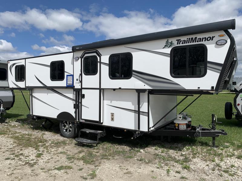 2021 TrailManor 2720 Series 2720 Series QB Travel Trailer RV