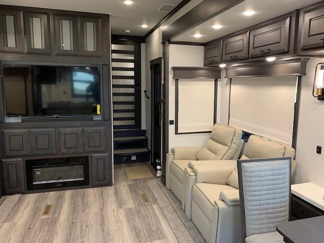2022 DRV Mobile Suites 41RKDB Fifth Wheel Campers RV