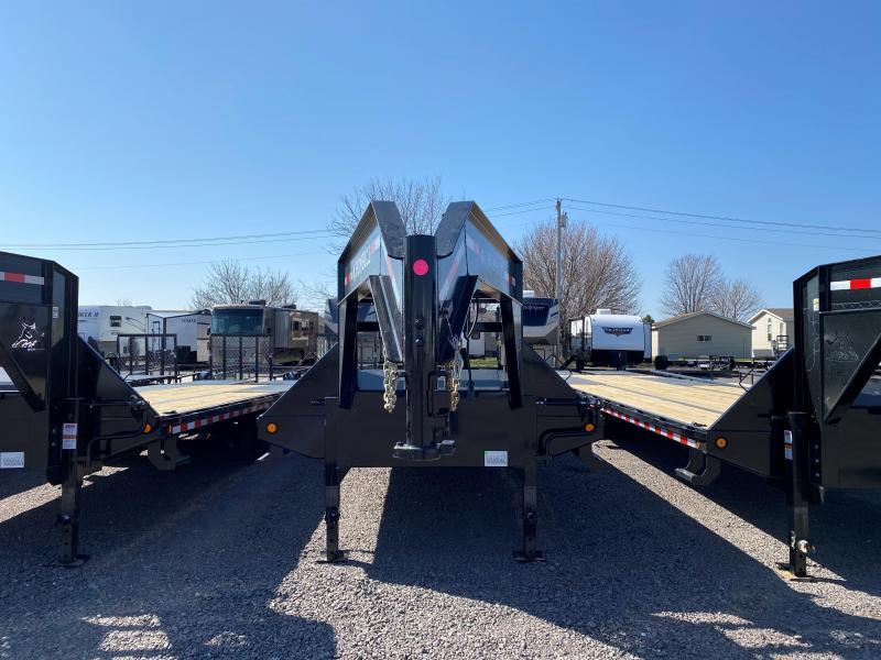 "2022 Iron Bull 102""X32' LOW PRO Equipment Trailer"