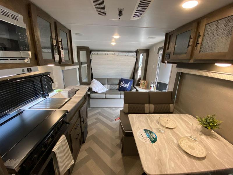 2021 Forest River Wildwood X-Lite 19 DBXL Travel Trailer RV