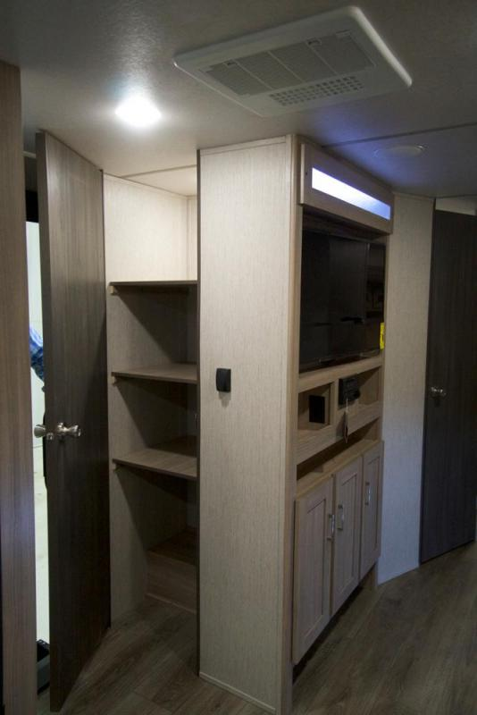 2021 Forest River Freedom Express 259 FKDS Travel Trailer RV