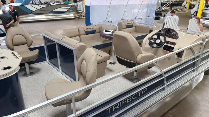 2022 Trifecta Pontoon 18FCR ES Pontoon Boat