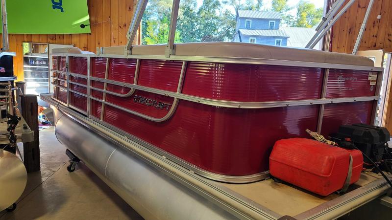 2014 Starcraft Marine Stardeck 190 Pontoon Boat