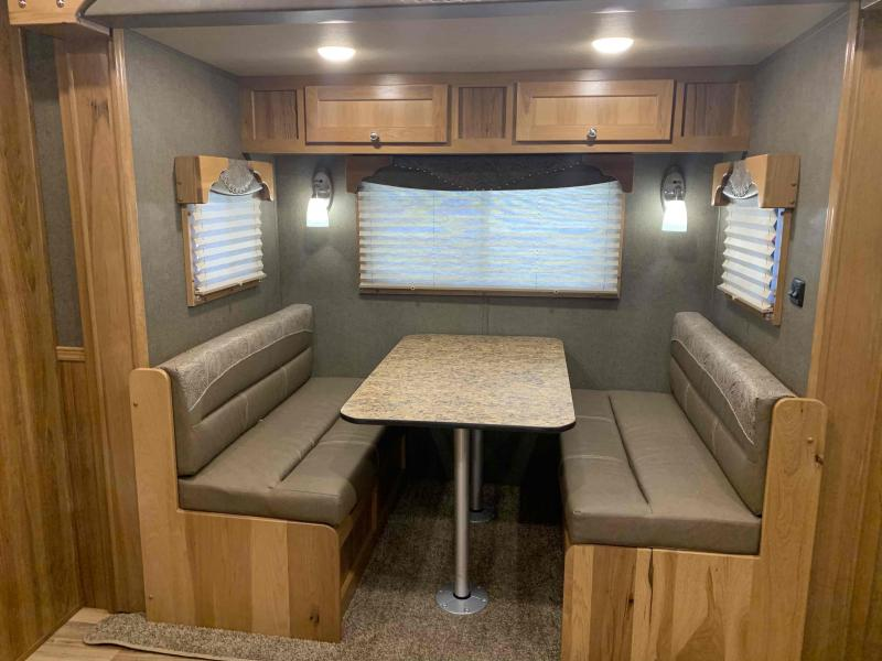 2022 SMC Laramie 3 Horse 14' Living Quarter Trailer