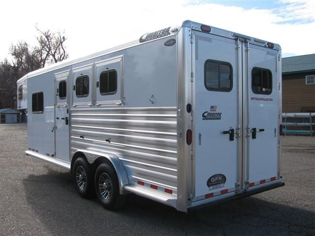 2020 Cimarron Norstar 3 Horse Gooseneck w/ Closet Tack and Comfort Package