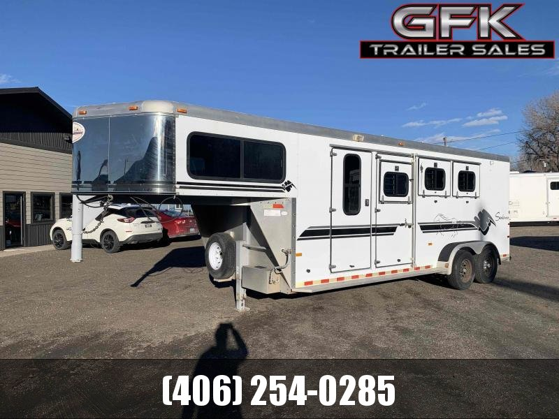 1999 Sundowner 3 Horse Trailer