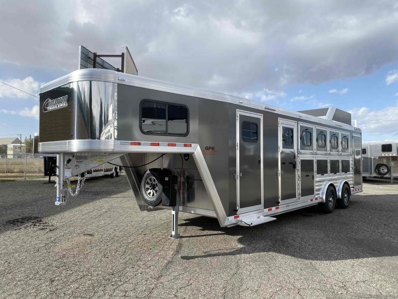 2021 Cimarron Norstar 5 Horse Trainer Tack with Spread Axle