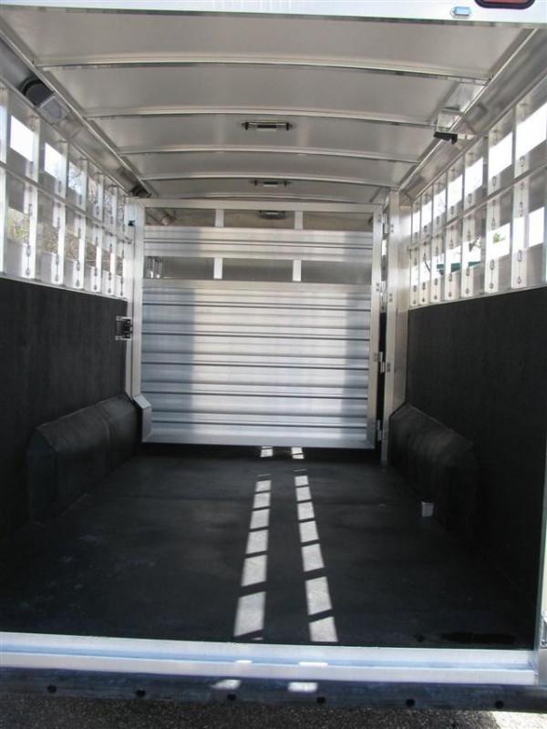 2020 Cimarron Lonestar 24' Stock Combo w/ Dual Man Doors