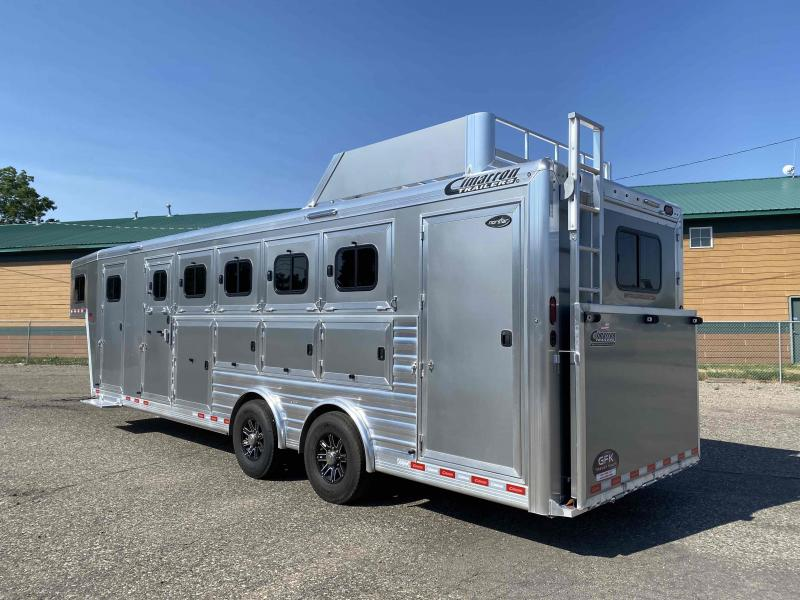 2022 Cimarron Norstar 5 Horse Trainer Tack with Spread Axle