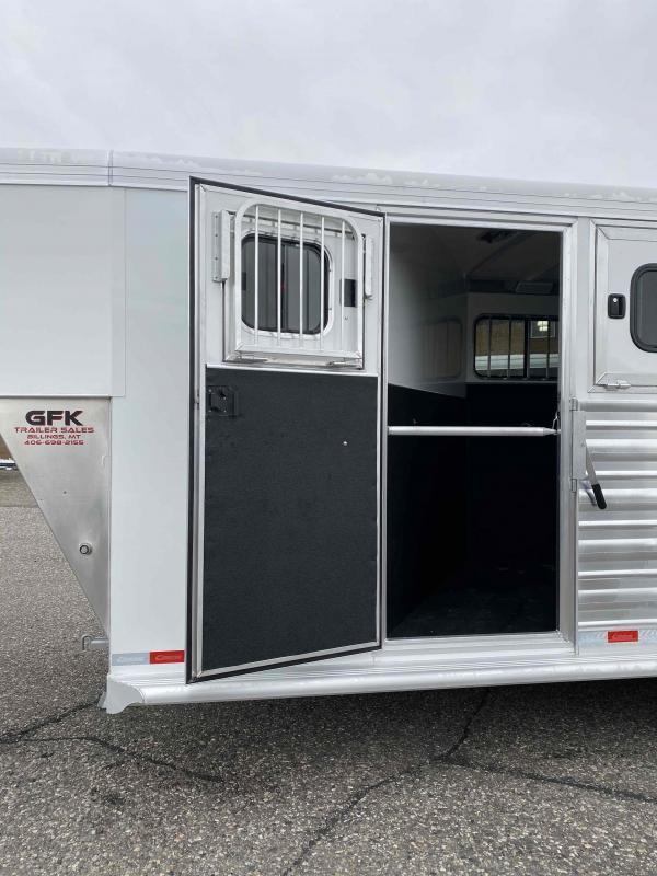 2021 Cimarron Trailers Norstar 3 Horse Gooseneck Horse Trailer