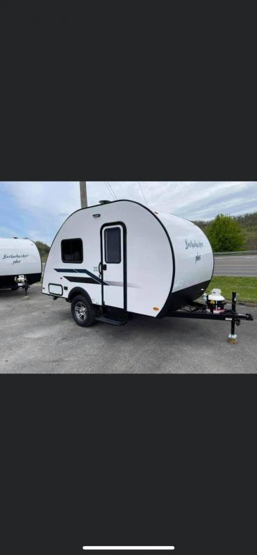 2021 Braxton Creek Bushwhacker Plus 15 FK Travel Trailer RV