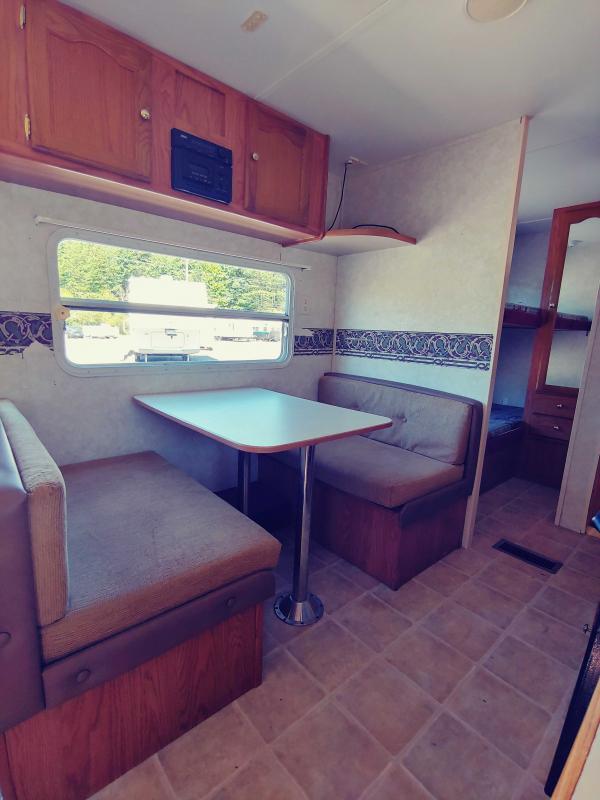 2003 Keystone RV Springdale Clear water Edition M-260TBL Travel Trailer RV