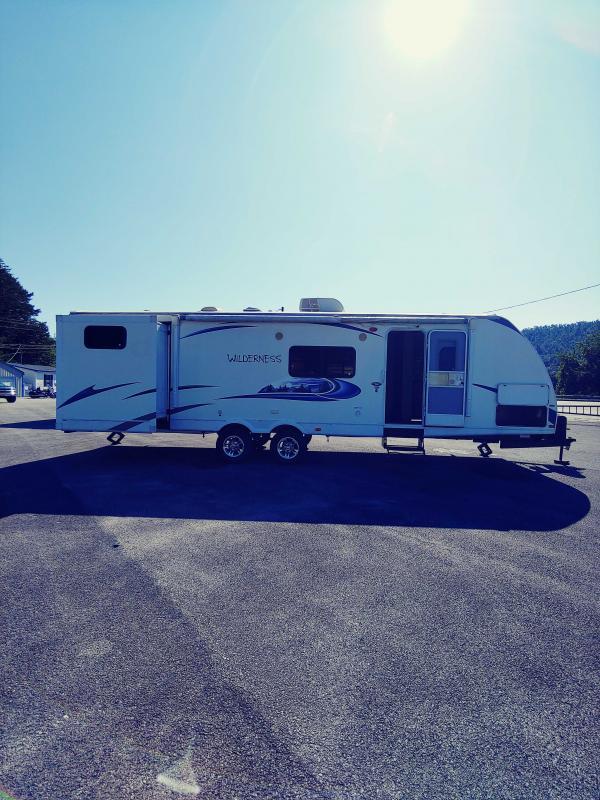 2013 Heartland Wilderness 3050BH Travel Trailer RV