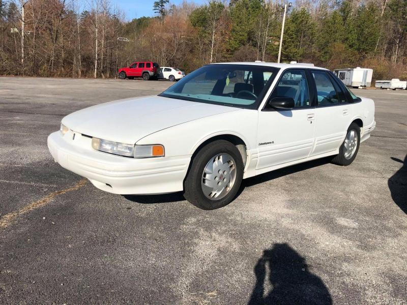 1993 Oldsmobile Cutlass Car