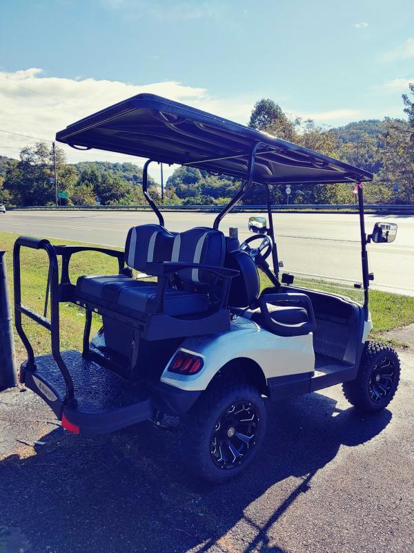 2021 Royal EV R4L Golf Cart