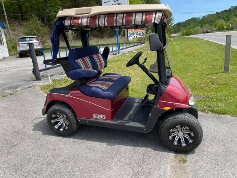 2012 E-Z-GO Freedom RXV Electric Golf Cart