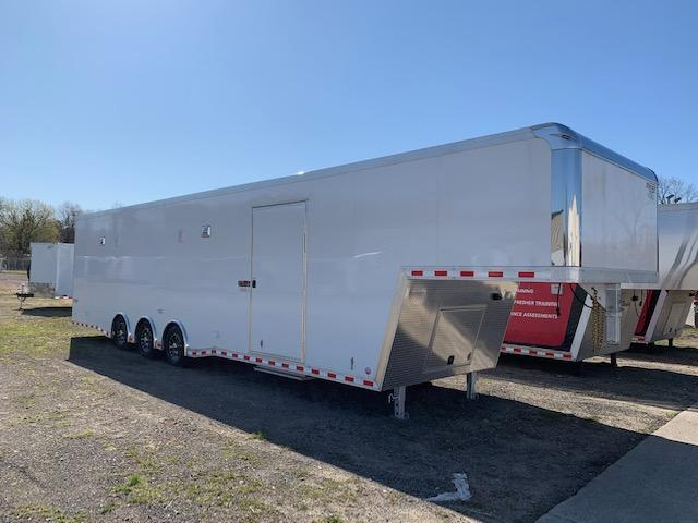 8.5x40 Bravo Enclosed Trailer I Car / Racing Trailer