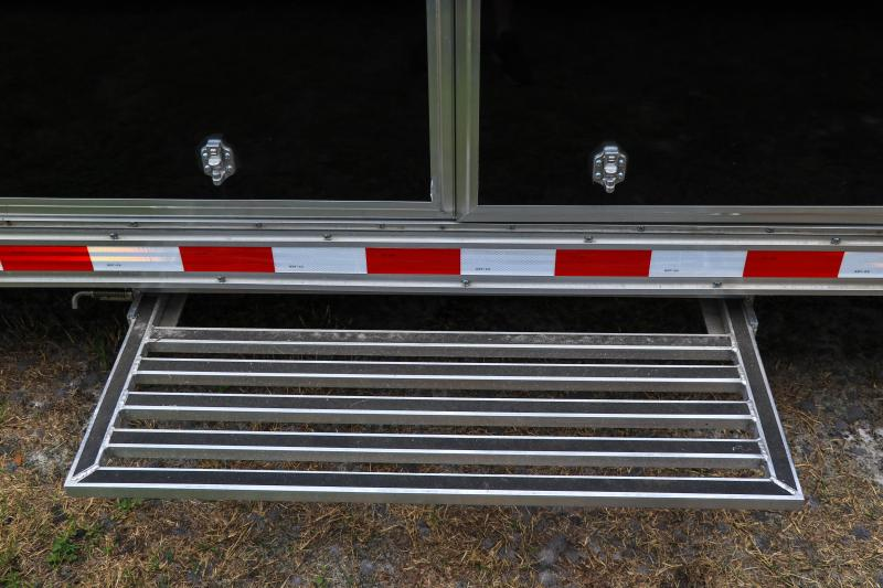 8.5X32 Bravo Trailers I Car / Racing Trailer