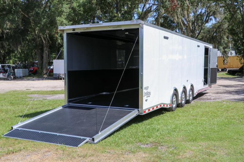 8.5X32 Bravo Trailers I Car / Racing Trailer