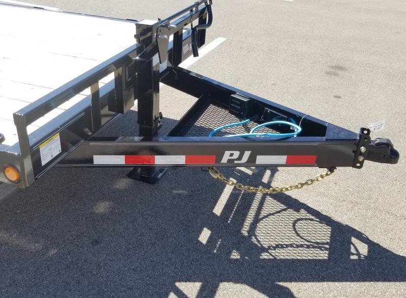 2022 PJ Trailers 7'X20' 14K  FULL WIDTH RAMPS Equipment Trailer