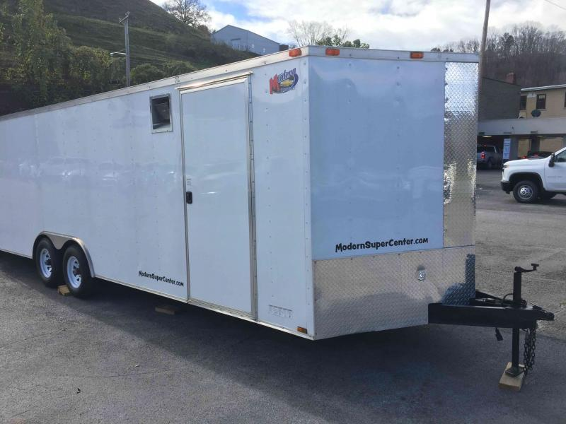 2016 Diamond Cargo 8.5--24 V Nose Tandem Axle Enclosed Trailer Enclosed Cargo Trailer