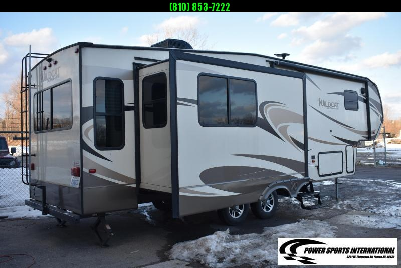 2018 Forest River Wildcat 30GT 30' Fifth Wheel Campers RV Recreational Vehicle