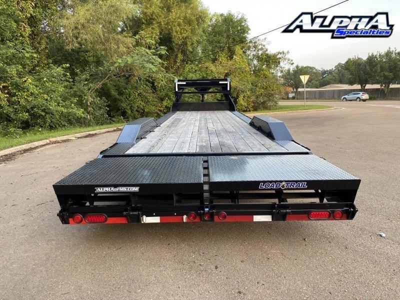 """2020 Load Trail 102"""" x 30' Tandem Gooseneck Carhauler (80"""" Between Fenders) 16K GVWR"""
