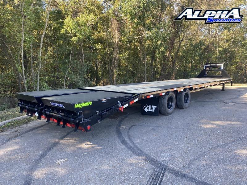 "2021 Load Trail 102"" x 40' Tandem Low-Pro Gooseneck w/Under Frame Bridge & Pipe Bridge 25900 GVWR"