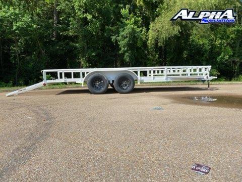 """2021 Load Trail 83"""" x 18' Tandem Axle Utility"""