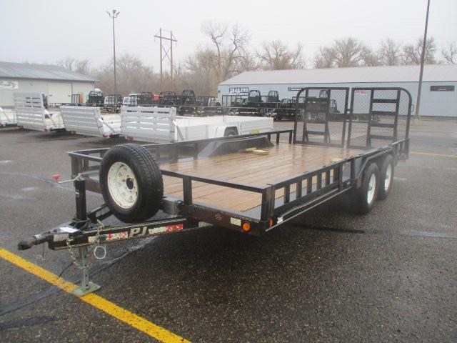 2014 PJ Trailers B5 Buggy Hauler Car / Racing Trailer
