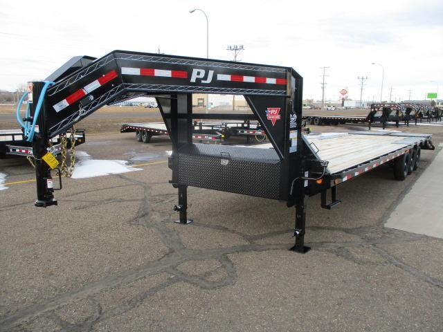 2021 PJ Trailers 32' Low-Pro Flatdeck with Singles Trailer