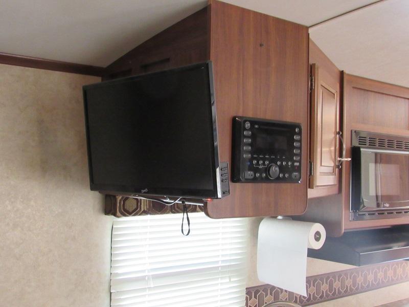 2015 Keystone RV 21RBS Camping / RV Trailer