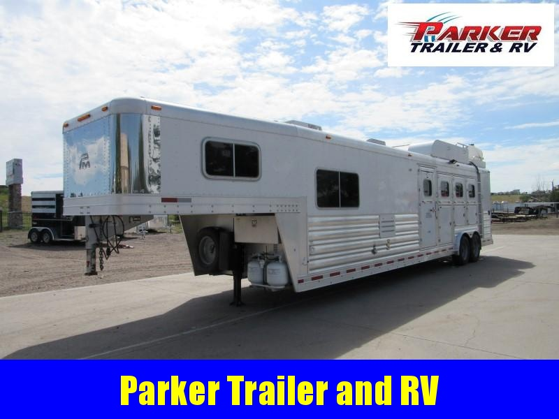 2012 Platinum Coach OUTLAW Horse Trailer