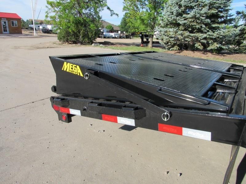 2021 Big Tex Trailers 22GN-25BK+5MR Flatbed Trailer