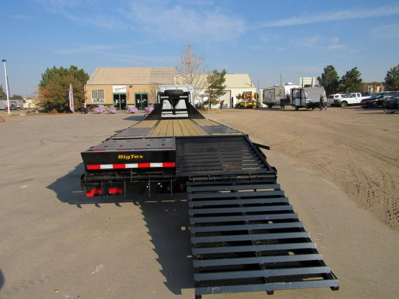 2021 Big Tex Trailers 22GN-20BK+5MR Flatbed Trailer