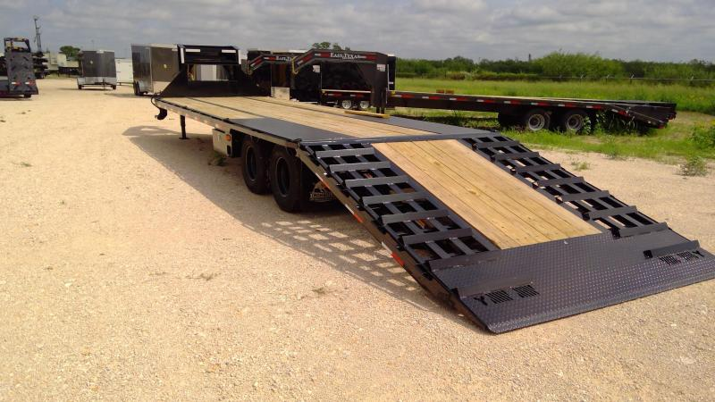 2021 Norstar 34ft Hydraulic Dove Tail Flatbed Trailer
