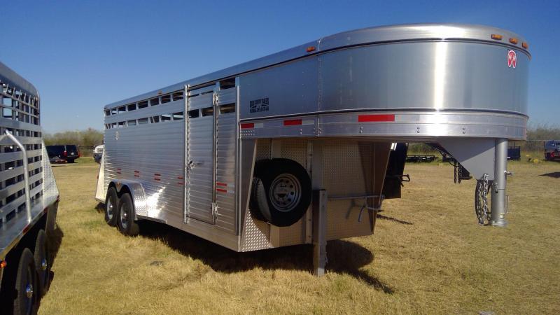 2020 W-W Trailer 20ft Aluminum Livestock Trailer