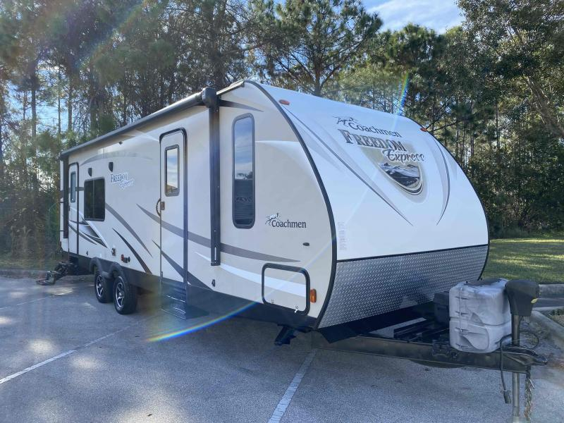 2016 Coachmen  FREEDOM EXPRESS 276RKDS